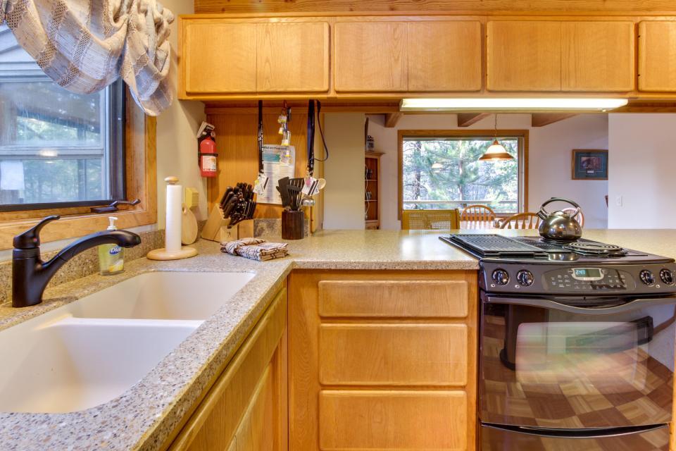 5 Tan Oak - Sunriver Vacation Rental - Photo 26
