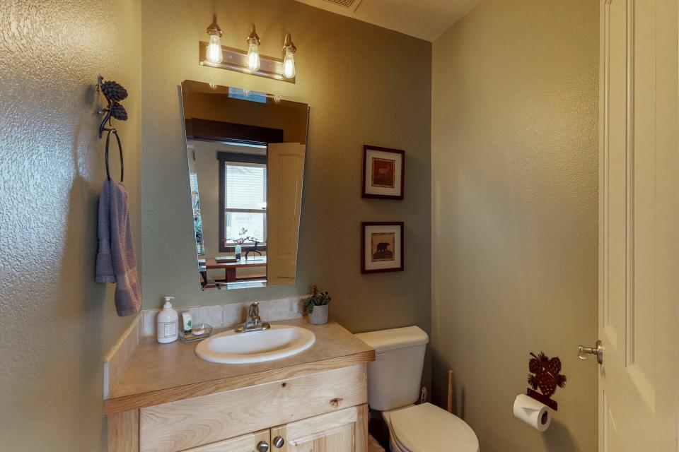 Bellflower Pines - McCall Vacation Rental - Photo 10