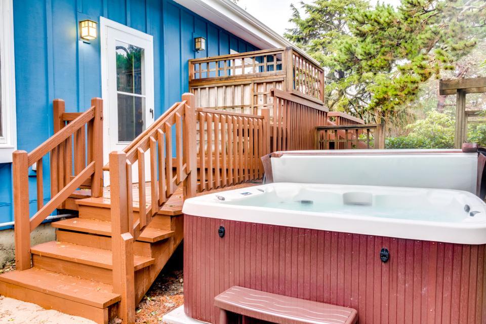 Summer House Lower Level - Seaside Vacation Rental - Photo 30