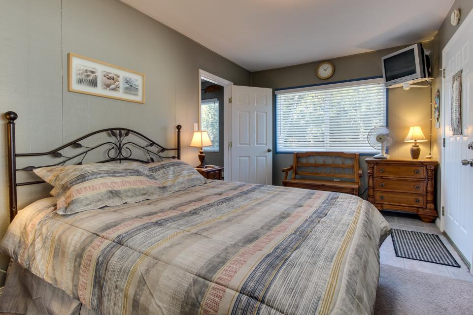 The Yellow Cottage - San Diego Vacation Rental - Photo 10