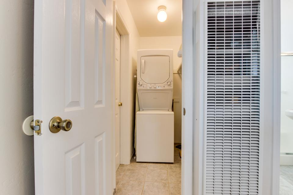 The Yellow Cottage - San Diego Vacation Rental - Photo 11