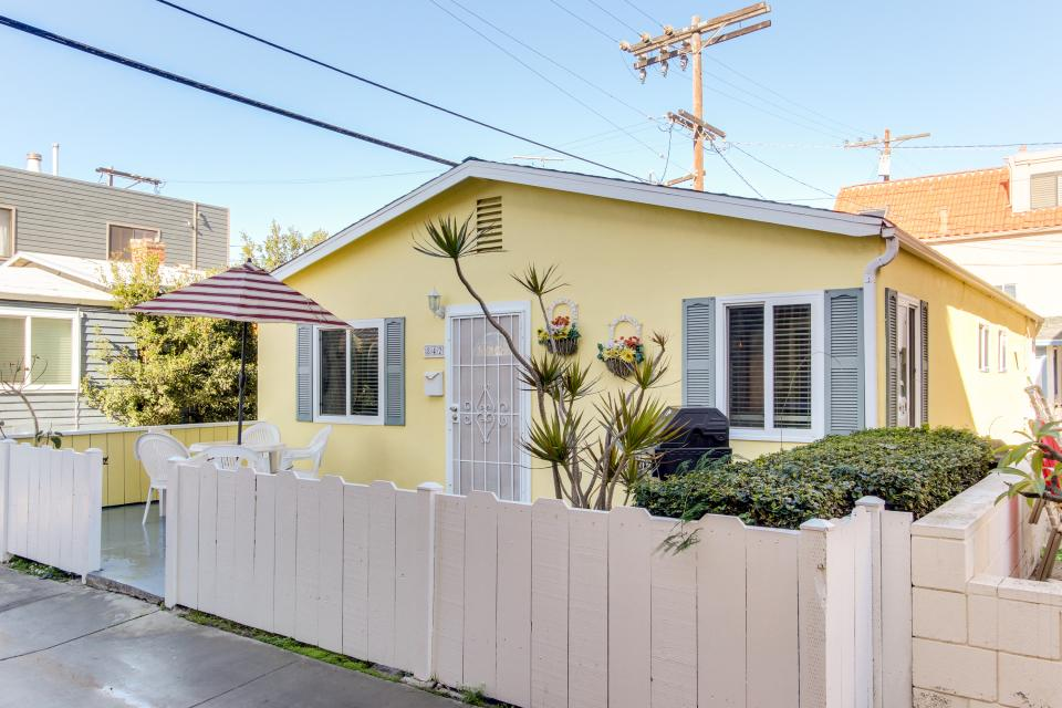 The Yellow Cottage - San Diego Vacation Rental - Photo 18