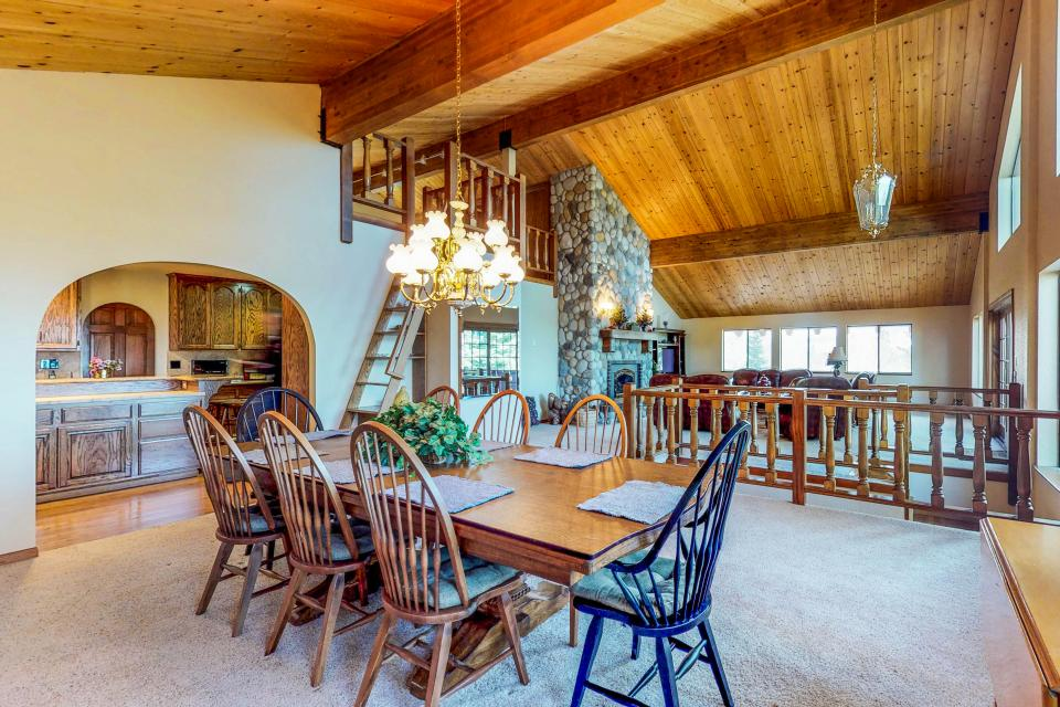 House on Cold Creek - South Lake Tahoe Vacation Rental - Photo 7