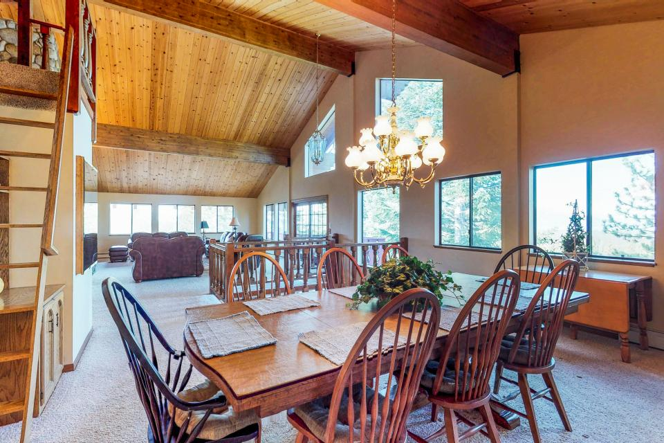 House on Cold Creek - South Lake Tahoe Vacation Rental - Photo 31