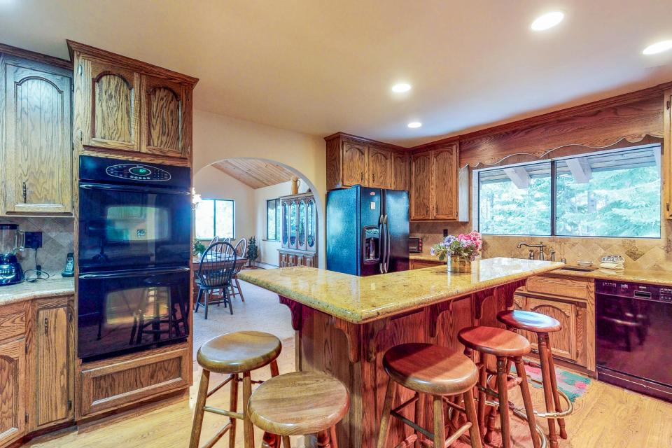 House on Cold Creek - South Lake Tahoe Vacation Rental - Photo 9