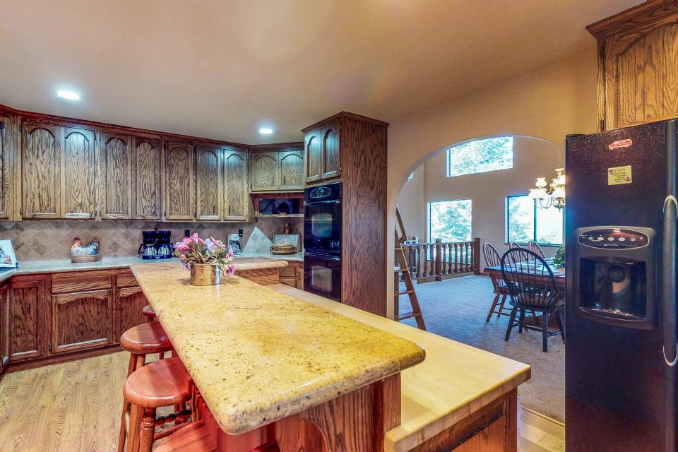 House on Cold Creek - South Lake Tahoe Vacation Rental - Photo 10