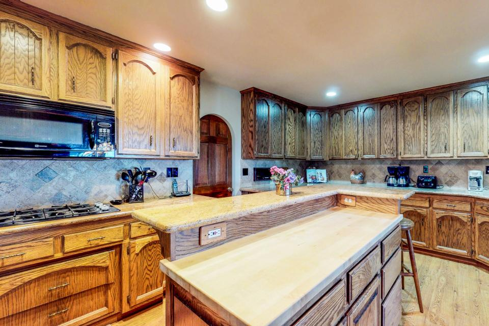 House on Cold Creek - South Lake Tahoe Vacation Rental - Photo 8