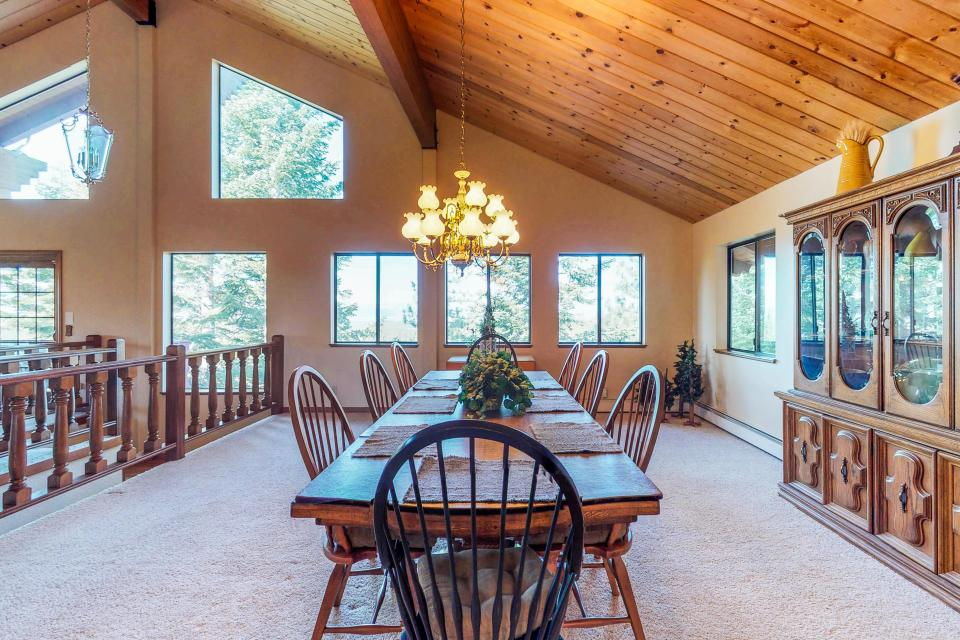 House on Cold Creek - South Lake Tahoe Vacation Rental - Photo 32