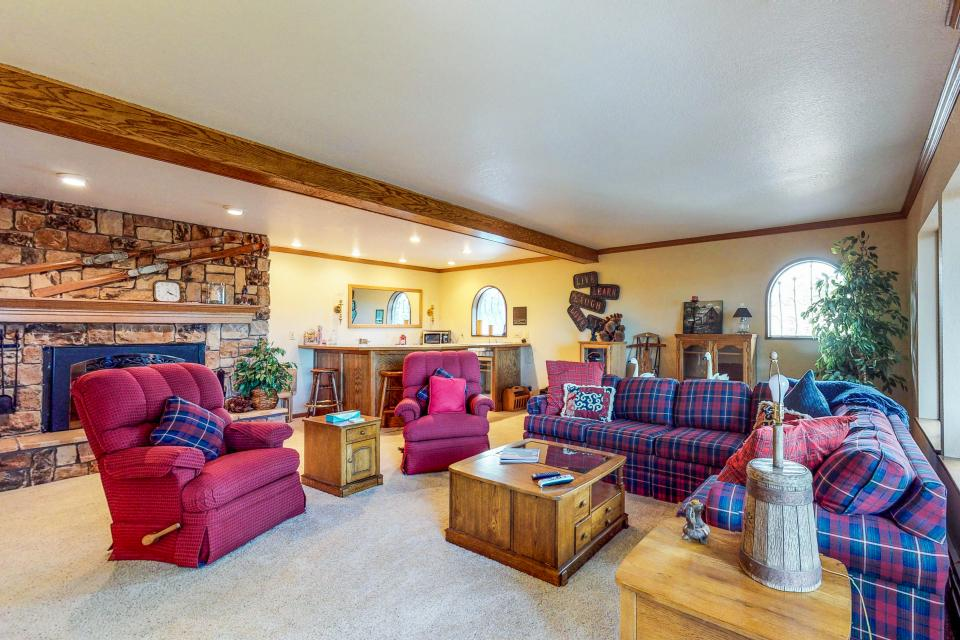 House on Cold Creek - South Lake Tahoe Vacation Rental - Photo 2