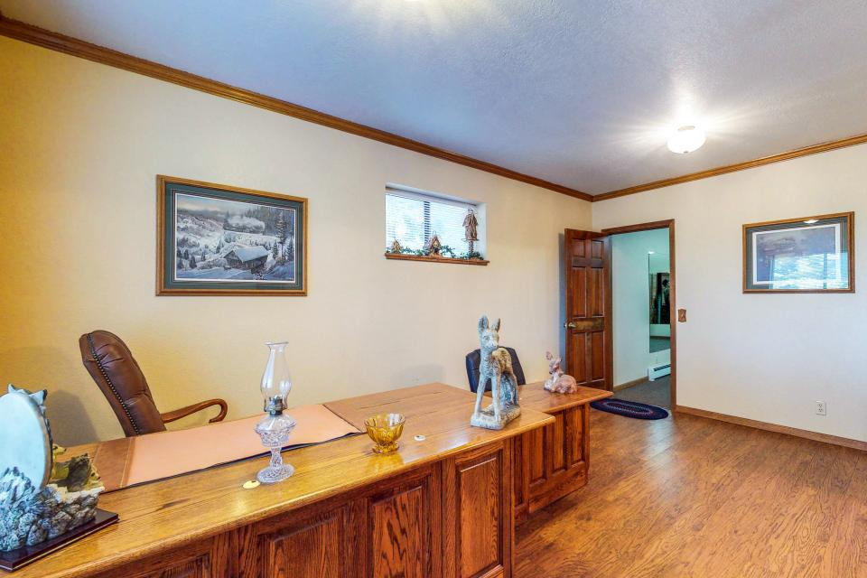 House on Cold Creek - South Lake Tahoe Vacation Rental - Photo 16