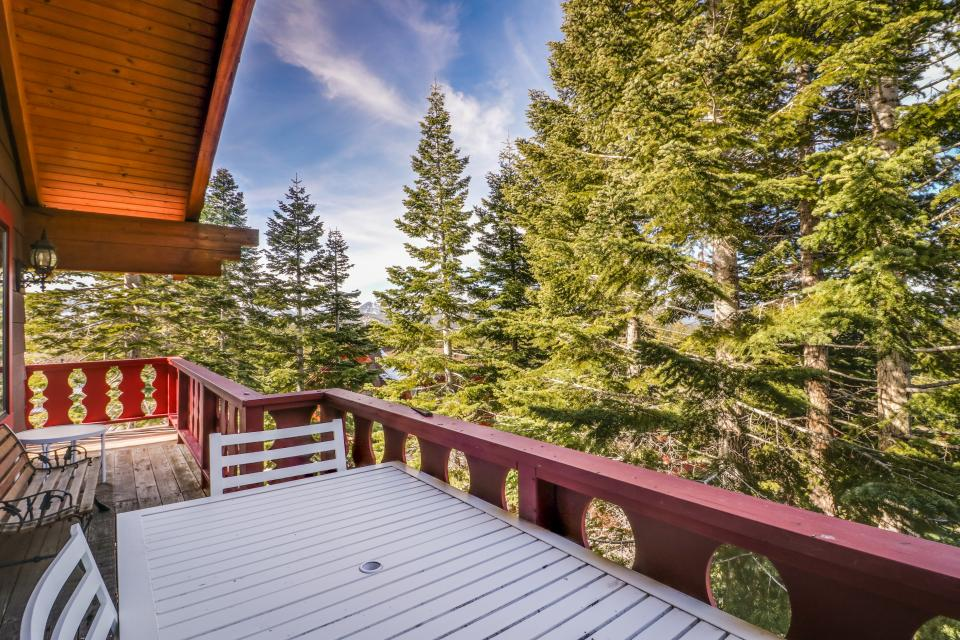 House on Cold Creek - South Lake Tahoe Vacation Rental - Photo 35