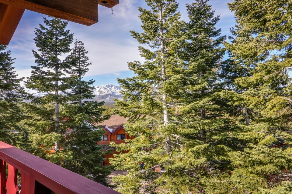 House on Cold Creek - South Lake Tahoe Vacation Rental - Photo 27