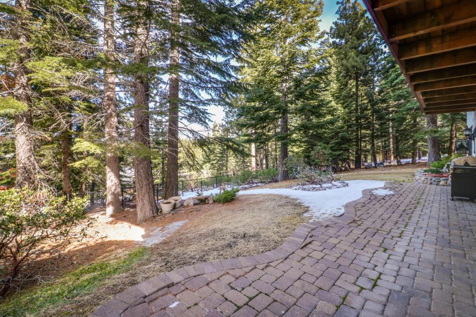 House on Cold Creek - South Lake Tahoe Vacation Rental - Photo 36