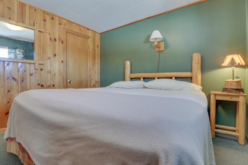 Coyote Cabin - South Fork Vacation Rental - Photo 14