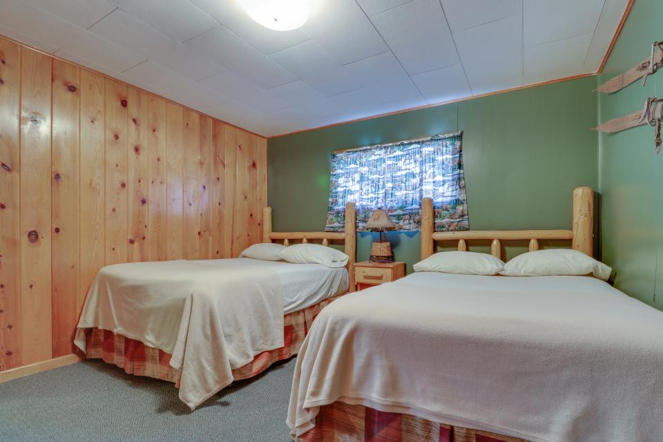 Coyote Cabin - South Fork Vacation Rental - Photo 7