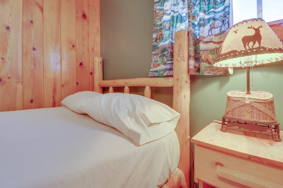 Coyote Cabin - South Fork Vacation Rental - Photo 12