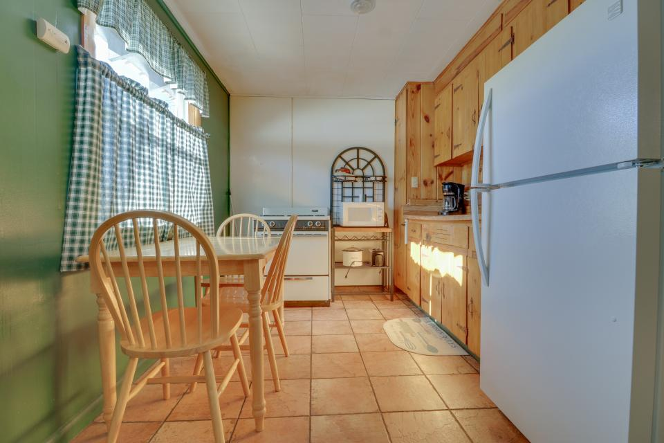 Coyote Cabin - South Fork Vacation Rental - Photo 4