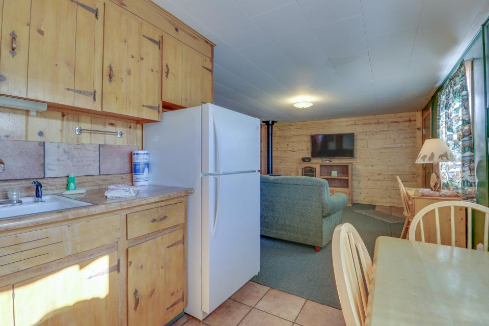 Coyote Cabin - South Fork Vacation Rental - Photo 10