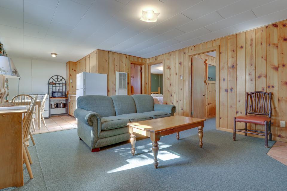 Deer Cabin  - South Fork Vacation Rental - Photo 3