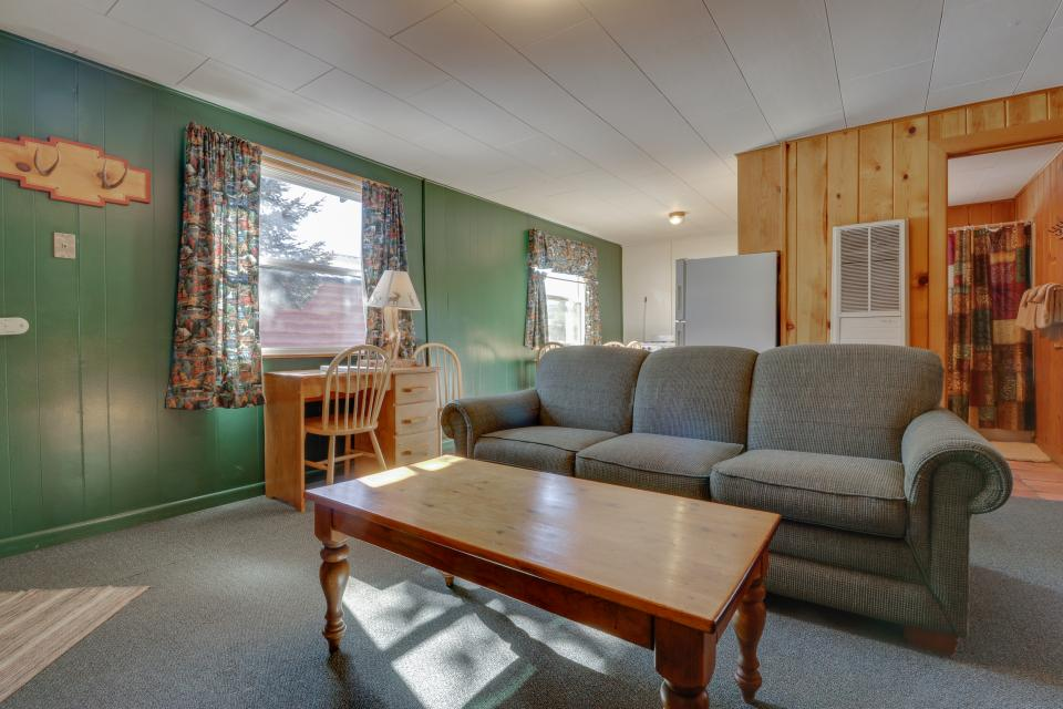 Deer Cabin  - South Fork Vacation Rental - Photo 9
