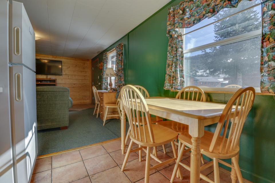 Deer Cabin  - South Fork Vacation Rental - Photo 2