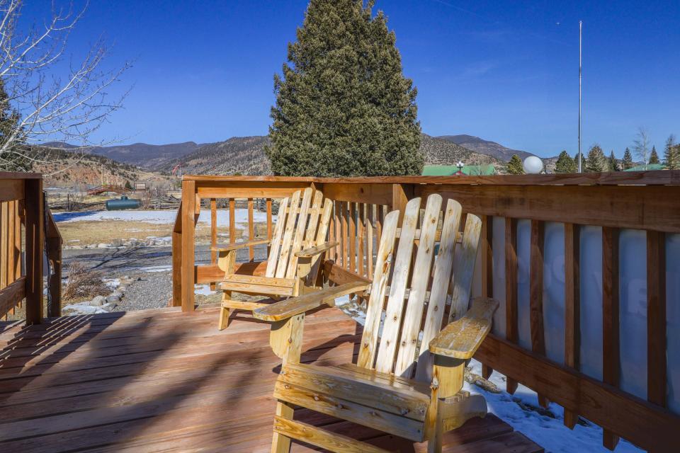 Deer Cabin  - South Fork Vacation Rental - Photo 5