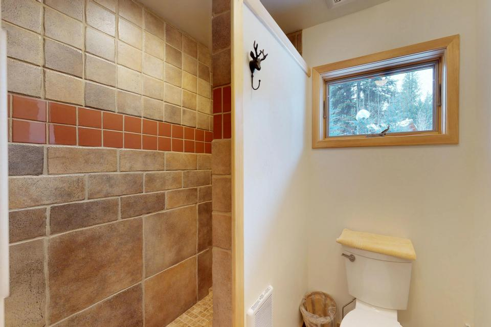 Cabin Fever - McCall Vacation Rental - Photo 25