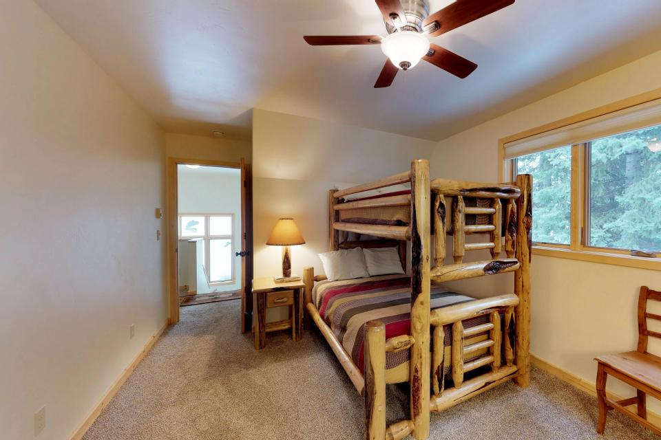 Cabin Fever - McCall Vacation Rental - Photo 20