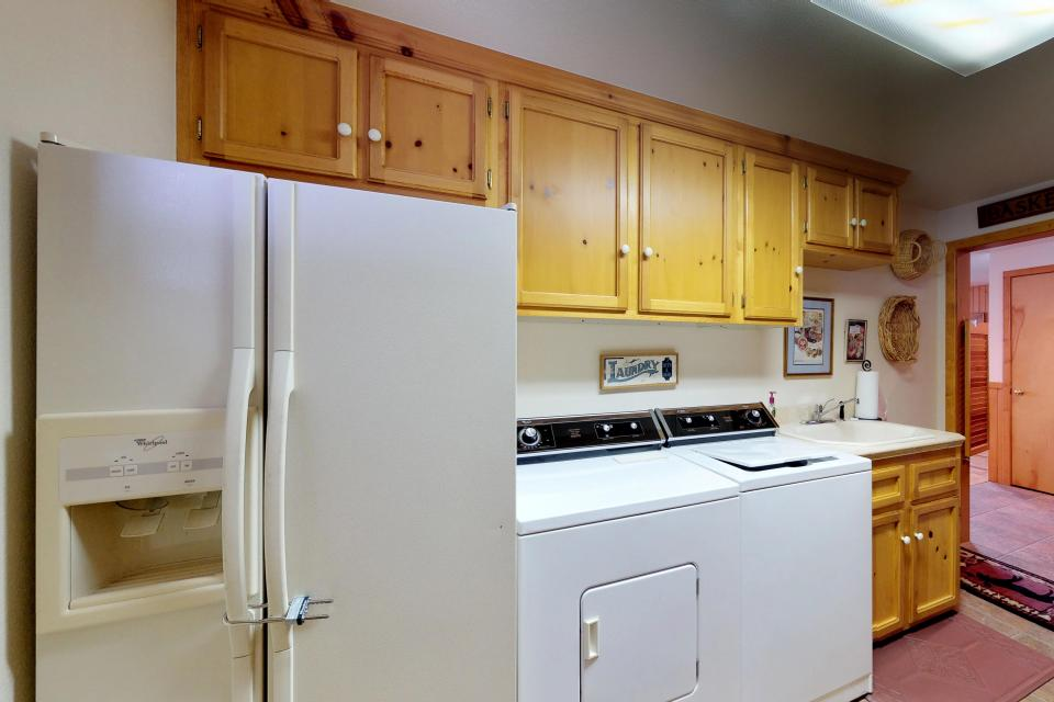Cabin Fever - McCall Vacation Rental - Photo 27