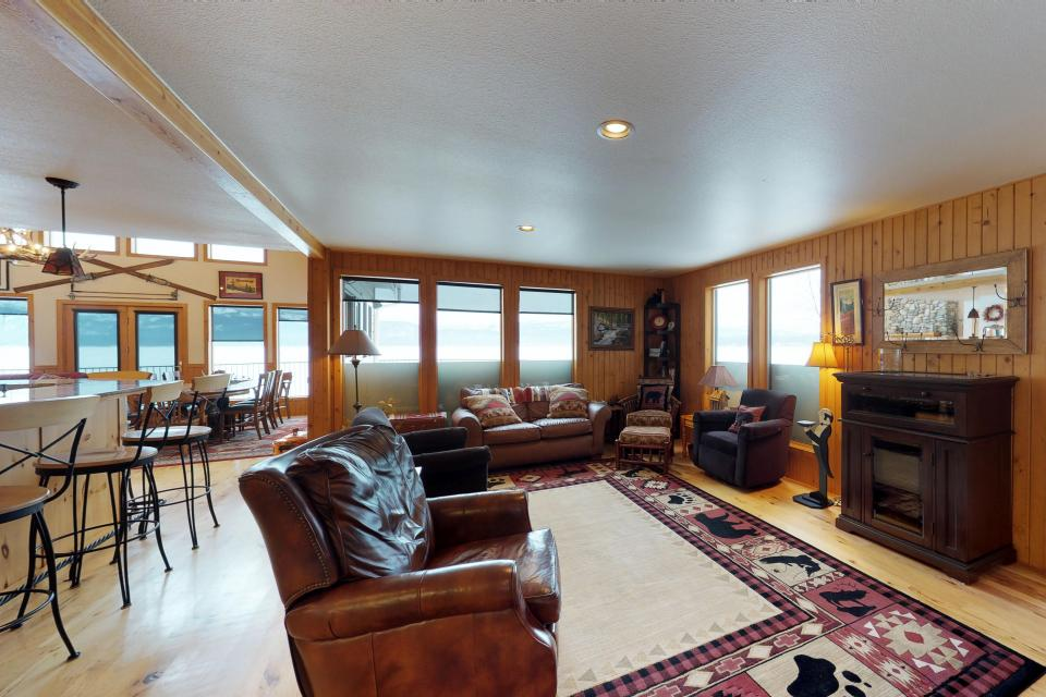 Cabin Fever - McCall Vacation Rental - Photo 5