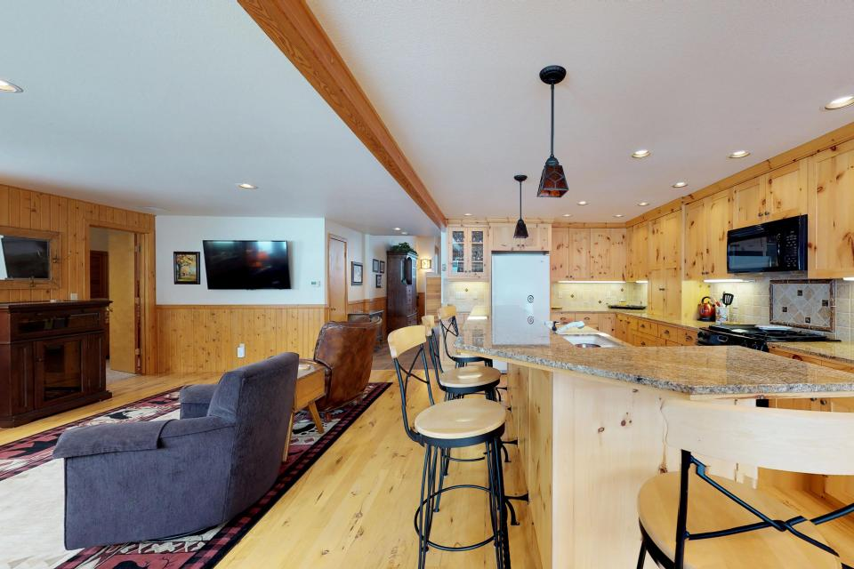 Cabin Fever - McCall Vacation Rental - Photo 30
