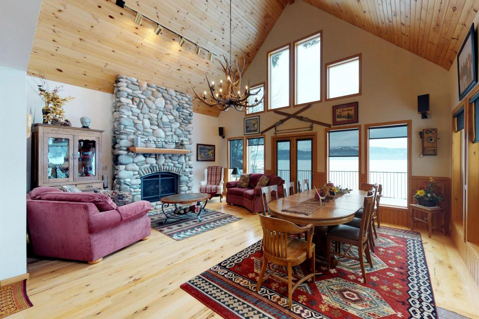 Cabin Fever - McCall Vacation Rental - Photo 3