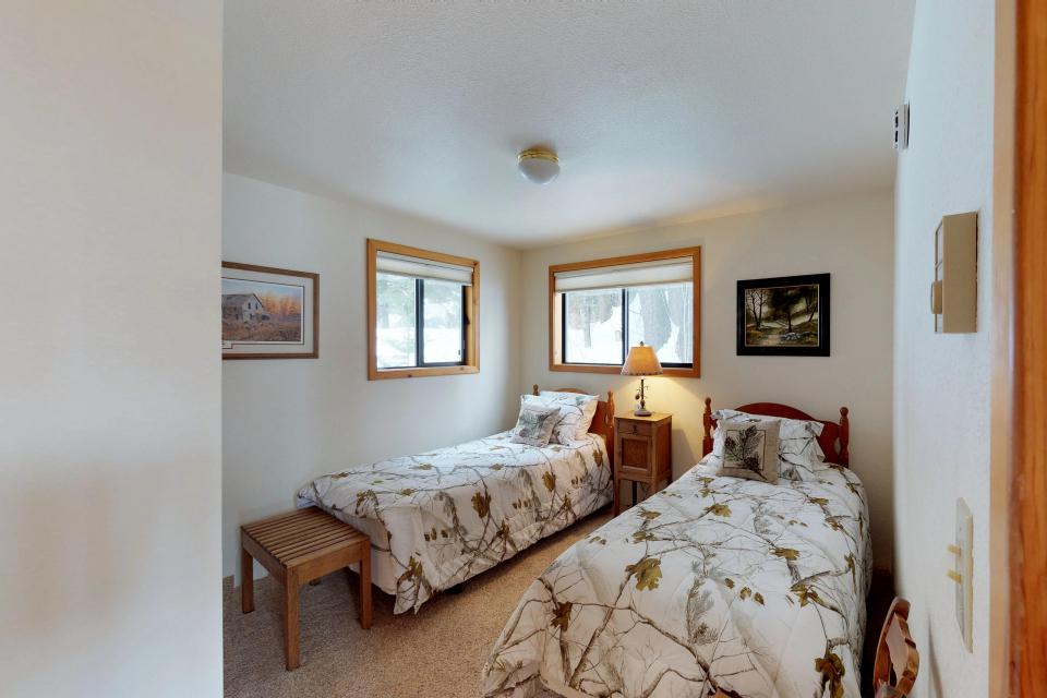 Cabin Fever - McCall Vacation Rental - Photo 13