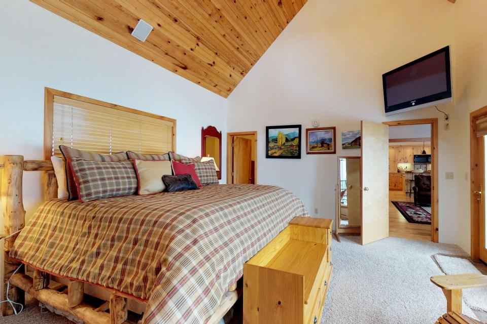 Cabin Fever - McCall Vacation Rental - Photo 9