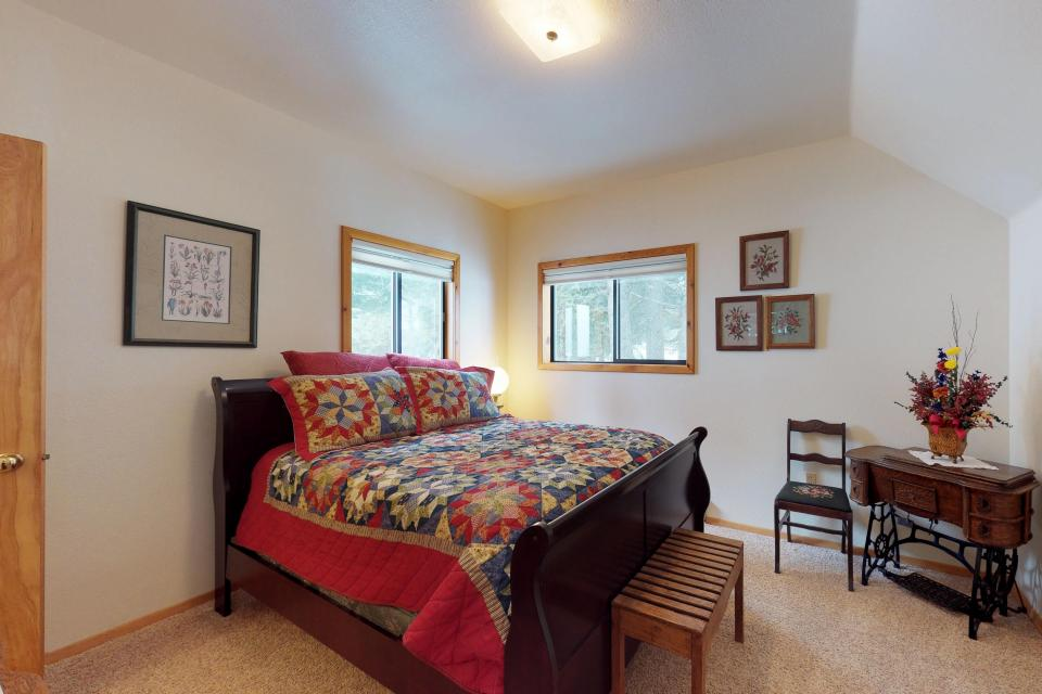 Cabin Fever - McCall Vacation Rental - Photo 16