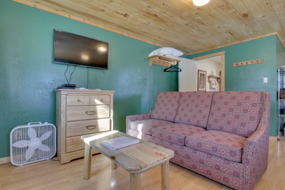 Fox Cabin - South Fork Vacation Rental - Photo 4