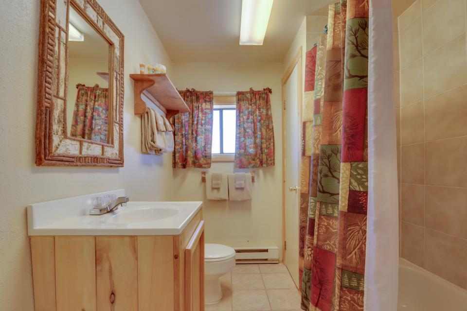 Fox Cabin - South Fork Vacation Rental - Photo 5