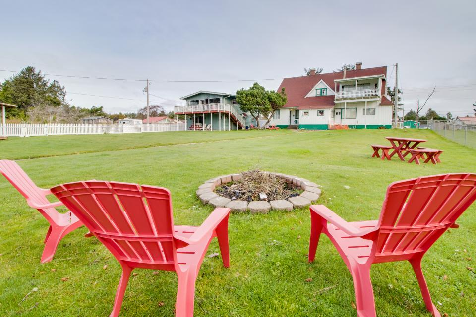 # 309 Historic Coast Guard Station - Keeper's Quarters - Ocean Park Vacation Rental - Photo 21