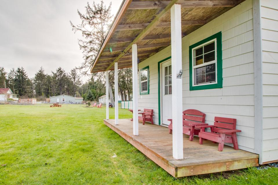 # 309 Historic Coast Guard Station - Keeper's Quarters - Ocean Park Vacation Rental - Photo 20