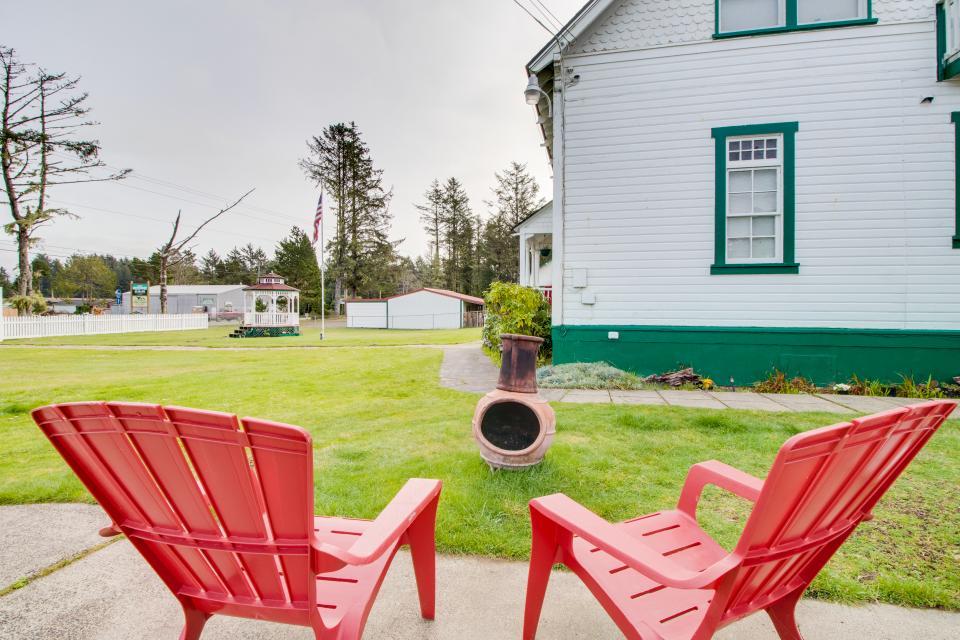 # 309 Historic Coast Guard Station - Keeper's Quarters - Ocean Park Vacation Rental - Photo 18
