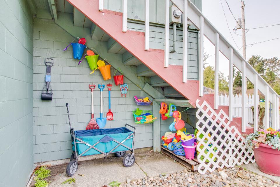 # 309 Historic Coast Guard Station - Keeper's Quarters - Ocean Park Vacation Rental - Photo 17