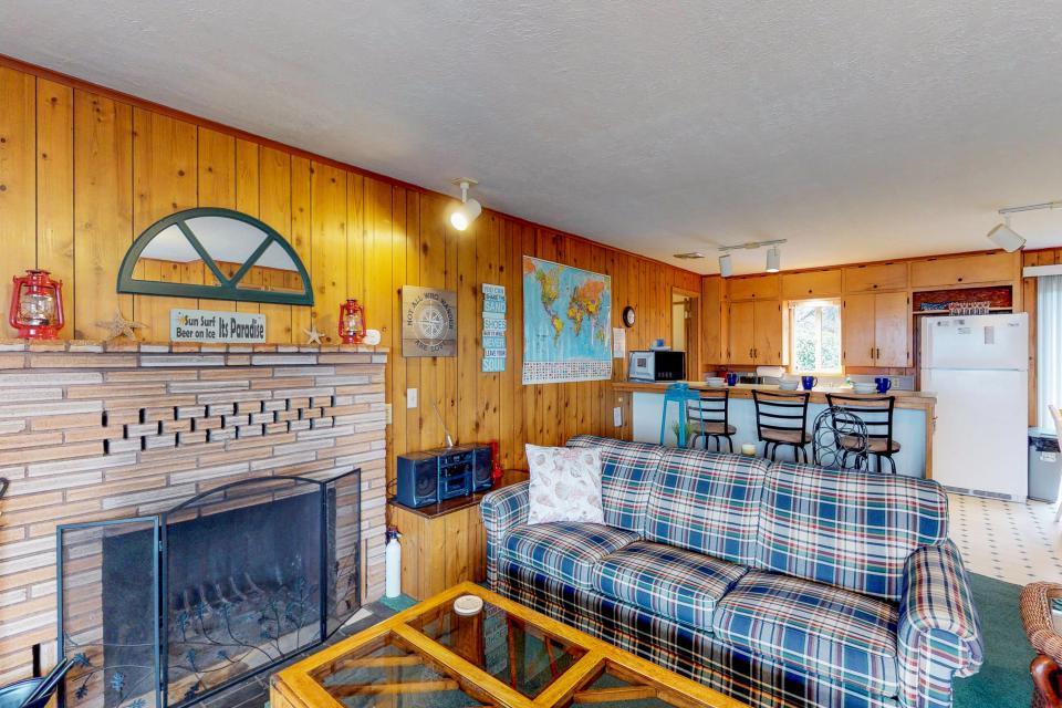 Corona - Waldport Vacation Rental - Photo 7