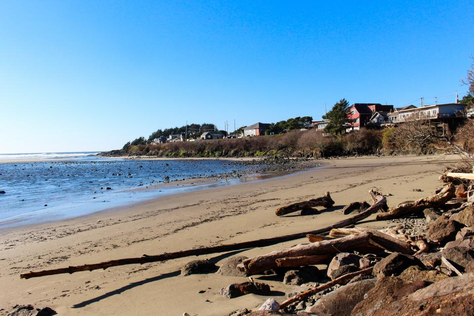 Hidden Luxury Beachfront Estate - Yachats Vacation Rental - Photo 49