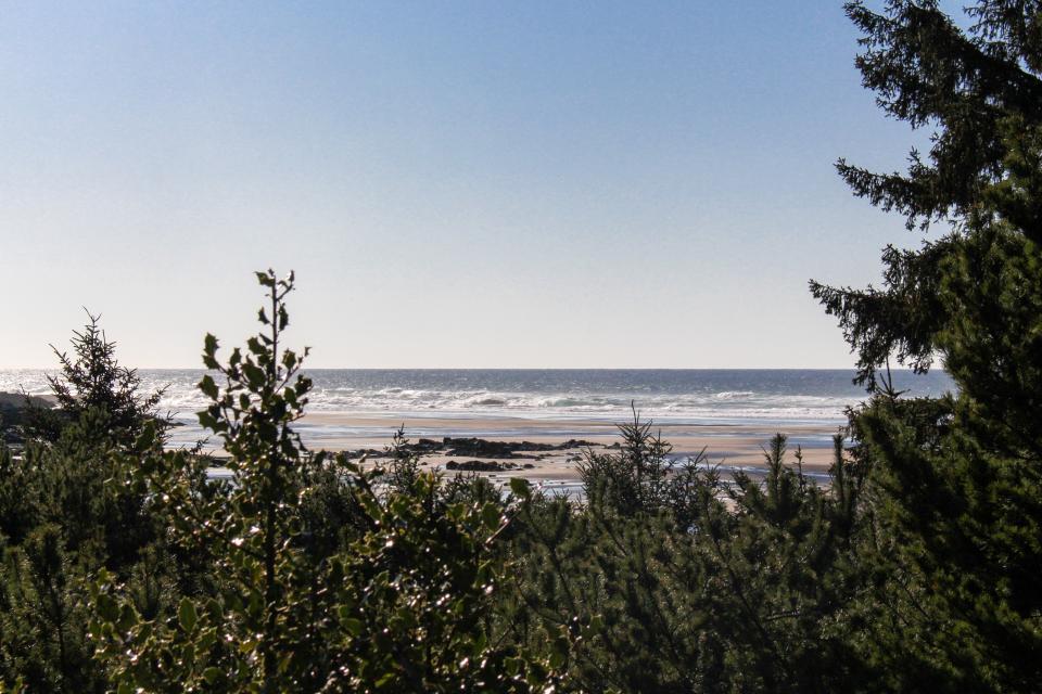 Hidden Luxury Beachfront Estate - Yachats Vacation Rental - Photo 60