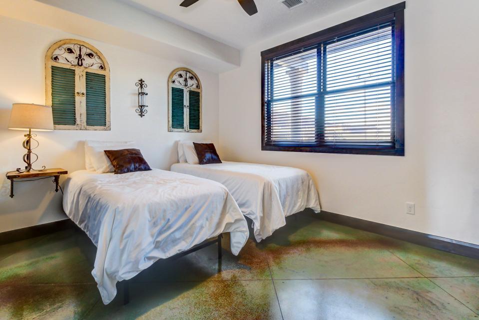 La Dolce Vita Villas - Luna Azul - Moab Vacation Rental - Photo 16