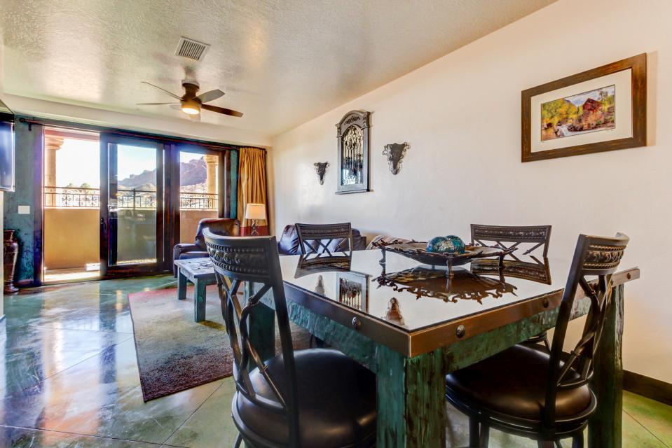 La Dolce Vita Villas - Luna Azul - Moab Vacation Rental - Photo 13