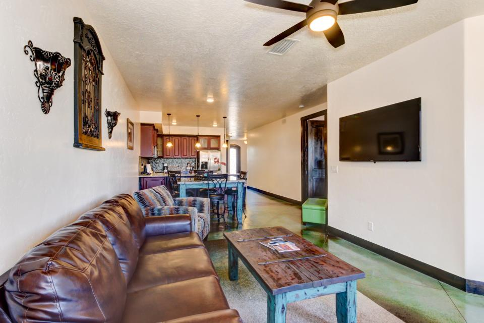 La Dolce Vita Villas - Luna Azul - Moab Vacation Rental - Photo 3