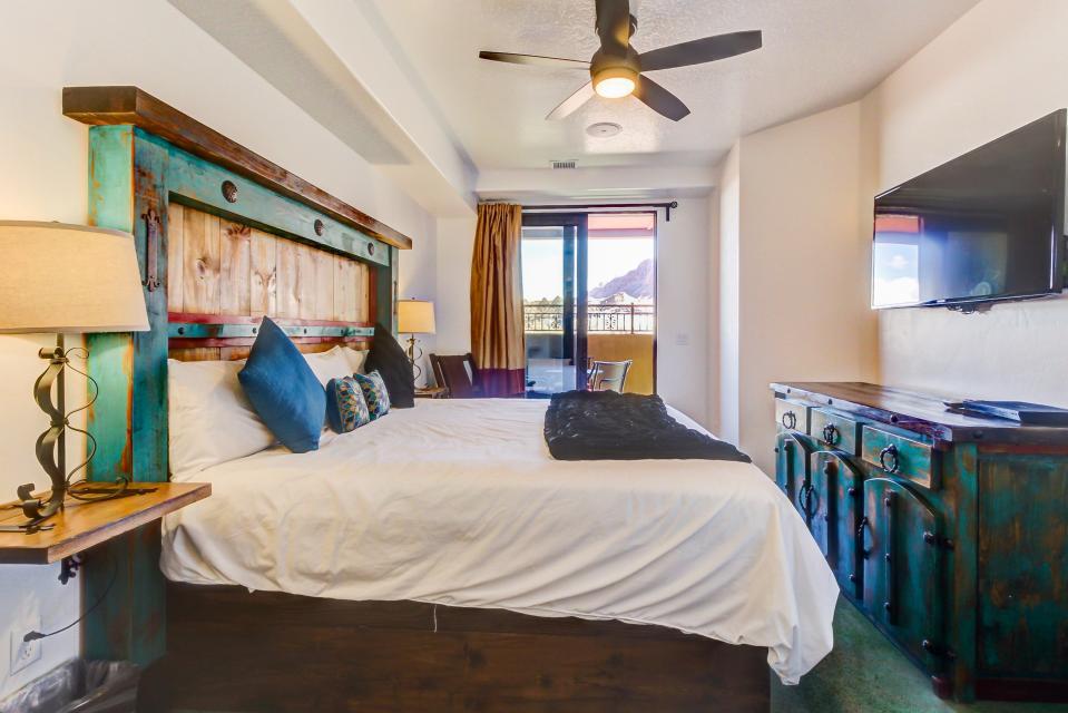 La Dolce Vita Villas - Luna Azul - Moab Vacation Rental - Photo 22