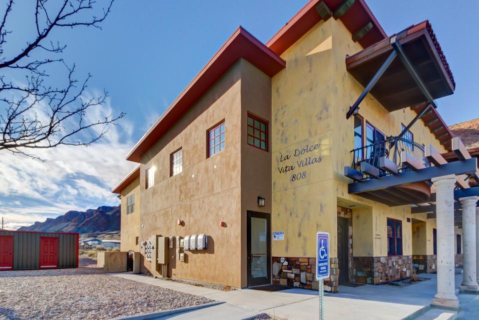 La Dolce Vita Villas - Luna Azul - Moab Vacation Rental - Photo 2