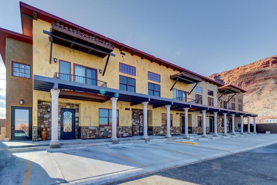 La Dolce Vita Villas - Luna Azul - Moab Vacation Rental - Photo 32